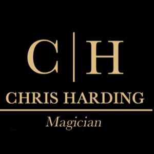 Chris Harding - Magician Table Magician