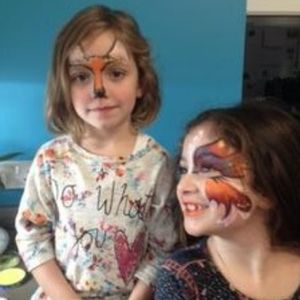 Happy Faces Face Painter