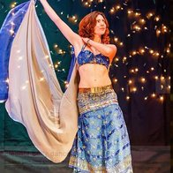 Eleanor Bellydances Dance Act