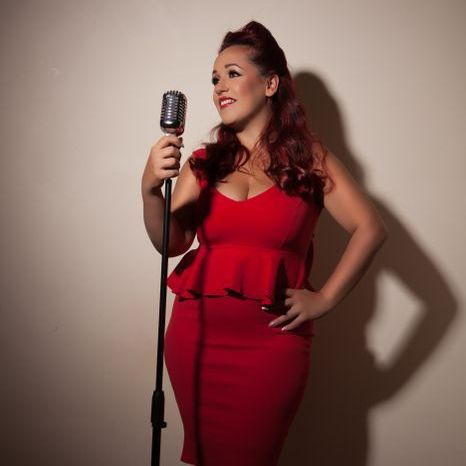 Holly Jayne Vocalist Vintage Singer