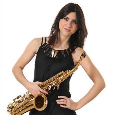 SOPHIA SAX Saxophonist