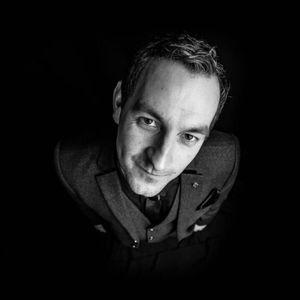 Chris Stewart Close-Up Magician - Magician , Leeds,  Close Up Magician, Leeds Wedding Magician, Leeds Table Magician, Leeds Corporate Magician, Leeds