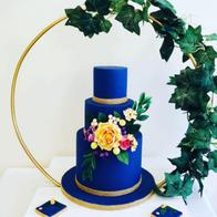 The Sovereign Cake Studio Cupcake Maker