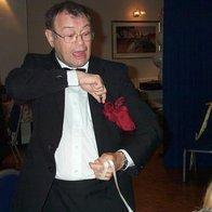 Tony Chestnut Balloonertainer Magician