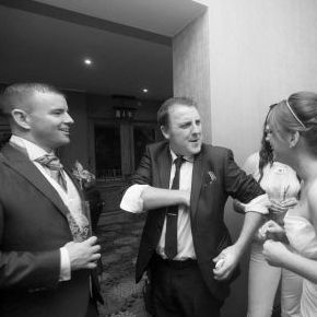 Aaron Hayes Wedding Magician