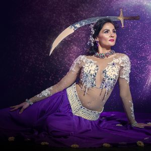 Andrea Boros Dance - Dance Act , London,  Bollywood Dancer, London Burlesque Dancer, London Belly Dancer, London Dance Instructor, London Latin & Flamenco Dancer, London Dance show, London Irish Dancer, London Dance Troupe, London