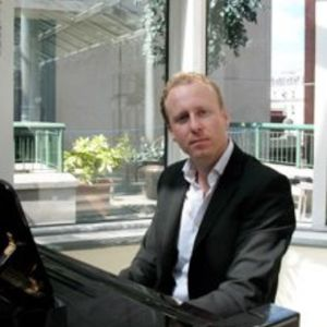 Michael Molloy Pianist