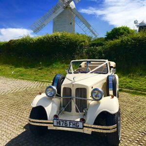 Brooklands Wedding Cars Sussex Vintage & Classic Wedding Car