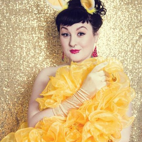 Roxy Stardust - Singer , Bristol, Dance Act , Bristol,  Vintage Singer, Bristol Jazz Singer, Bristol Live Solo Singer, Bristol Burlesque Dancer, Bristol Dance Instructor, Bristol