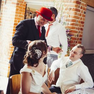Red Hat Magic - Magician , Guildford,  Close Up Magician, Guildford Table Magician, Guildford Wedding Magician, Guildford Corporate Magician, Guildford
