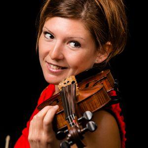 Solo violinist - Lizz Lipscombe Violinist