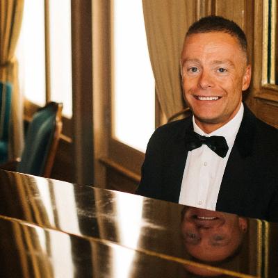 Lee Mathews Pianist