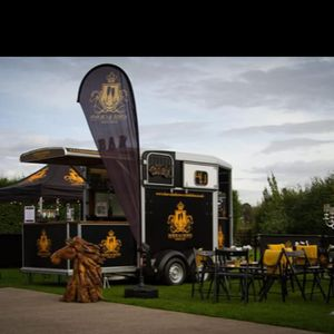 Horse And Crown Mobile Bar Catering