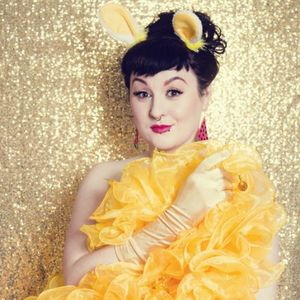 Roxy Stardust - Singer , Bristol, Dance Act , Bristol,  Burlesque Dancer, Bristol Dance Instructor, Bristol
