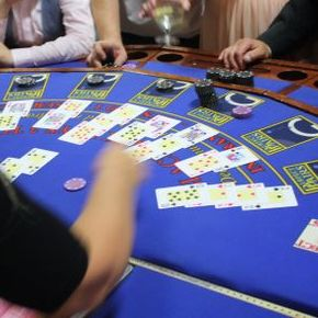 Manhattan Casino Nights Games and Activities