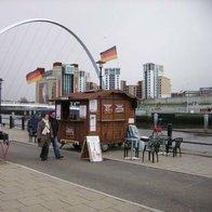 Tel Und Ginas Burger Van