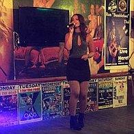 Paige Summer Live Solo Singer
