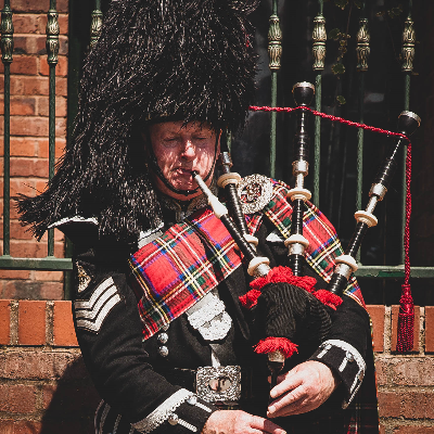 Phil McConnell Bagpiper Bagpiper