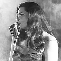 Melissa-Jane Vintage Singer