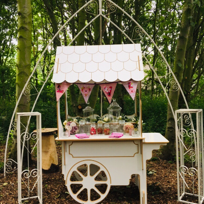 Quirky Queenie's Event Hire Sweets and Candies Cart
