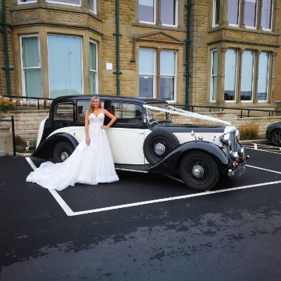 Classic Memories Wedding car