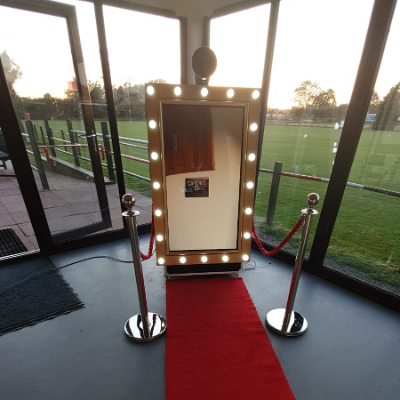 Prestige Magic Mirror Photo Booth