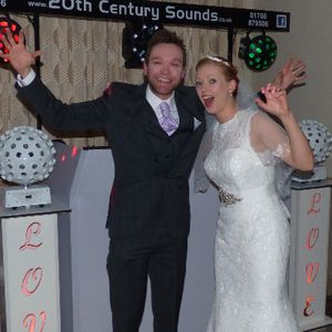 2OTH CENTURYS SOUNDS Wedding DJ