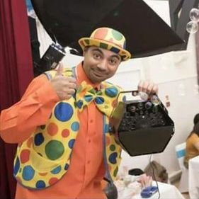 Mr Kinder - DJ , Northolt, Children Entertainment , Northolt, Event Equipment , Northolt,  Children's Magician, Northolt Snow Machine, Northolt Balloon Twister, Northolt Face Painter, Northolt Mobile Disco, Northolt Children's Music, Northolt