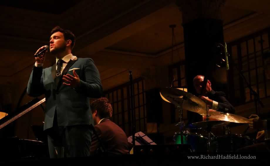 Richard Hadfield/ Blue Eyed Soul - Live music band Singer  - London - Greater London photo