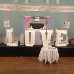 MacVibes - DJ , Calne, Event Equipment , Calne,  Wedding DJ, Calne Mobile Disco, Calne Party DJ, Calne