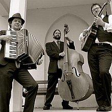 The Southside Gypsy Trio Gypsy Jazz Band