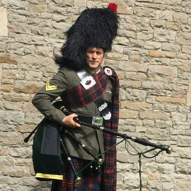 The Royal Piper Bagpiper