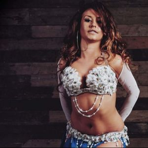 Katie Alyce Belly Dancer London Dance Instructor