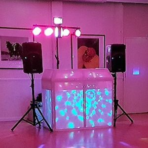DJC Entertainment Photo Booth