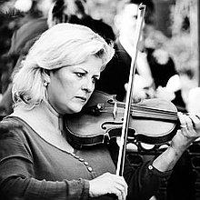 Amanda Wyatt Violinist