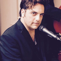Daniel Benisty - Singer, Pianist, DJ, Entertainer - Live music band , London, Tribute Band , London, Singer , London, Solo Musician , London, World Music Band , London,  Rat Pack & Swing Singer, London Wedding Singer, London Jazz Singer, London Live Solo Singer, London Pianist, London Singing Pianist, London
