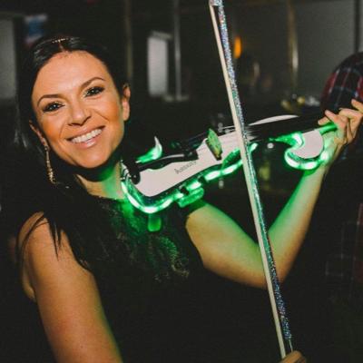 Alesia Violin Violinist