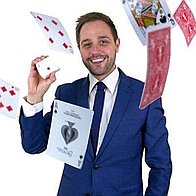 Tim Lichfield | Magician & Entertainer Wedding Magician