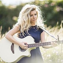 Jessica Avison Singing Guitarist