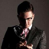 Arron Jones - Magician , Sheffield,  Close Up Magician, Sheffield Wedding Magician, Sheffield Table Magician, Sheffield Corporate Magician, Sheffield