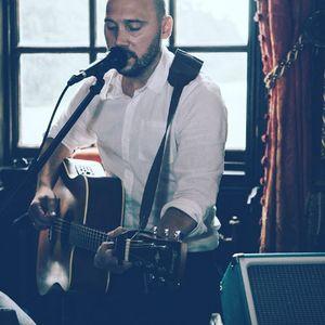 DKR Acoustic - Solo Musician , Manchester, Singer , Manchester,  Singing Guitarist, Manchester Live Solo Singer, Manchester Singer and a Guitarist, Manchester