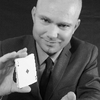 Jeremy Hayward - Magician , West Sussex,  Close Up Magician, West Sussex Table Magician, West Sussex Wedding Magician, West Sussex Corporate Magician, West Sussex