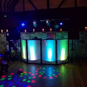 Karaoke and Disco IOW Wedding DJ