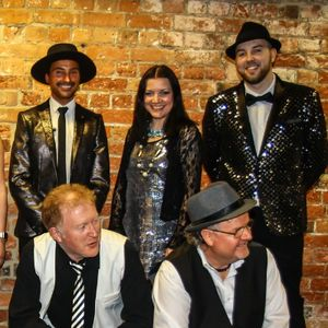 Madison Avenue UK - Live music band , Leicestershire,  Function & Wedding Music Band, Leicestershire Soul & Motown Band, Leicestershire Disco Band, Leicestershire Funk band, Leicestershire