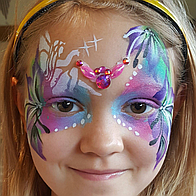 Beaming Faces Face Painter