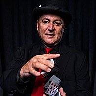Gazzo Show - Magician Close Up Magician