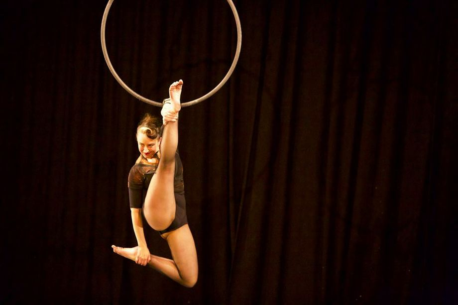Rio - Dance Act Circus Entertainment  - Grimsby - North Lincolnshire photo