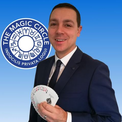 Nick Twist Wedding Magician