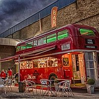 Big Red Bus Bar Catering