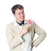 Owen Lean - Unforgettable Magician Wedding Magician